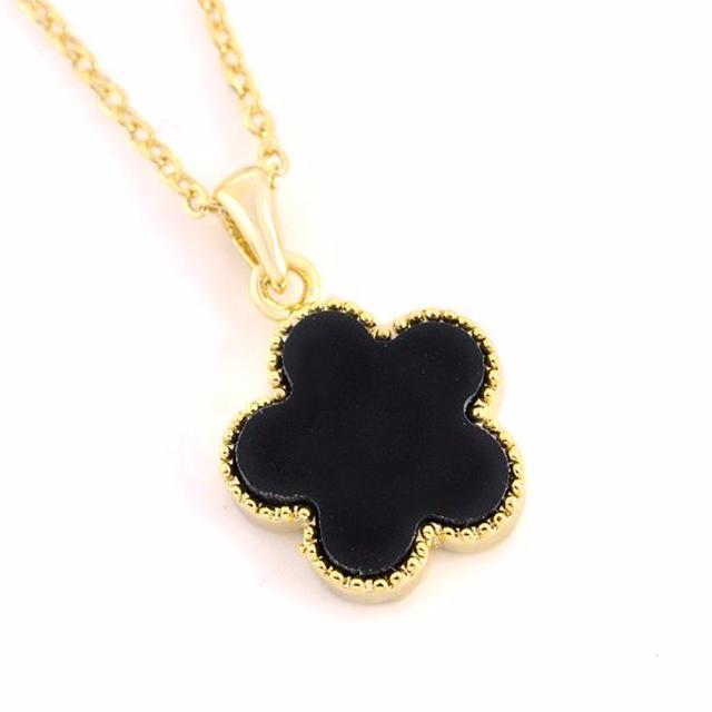 ゴールド×ブラック クローバー シェル風ネックレス◆KAVY0731 レディースのアクセサリー(ネックレス)の商品写真