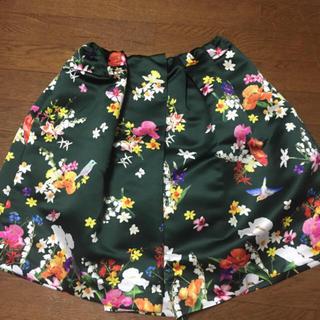 チェスティ(Chesty)のチェスティ❤️新品鳥さんスカート(ひざ丈スカート)