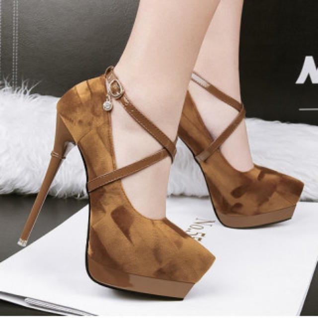 【新作】ハイヒール パンプス 高級感 二次会 ブラウン レディースの靴/シューズ(ハイヒール/パンプス)の商品写真