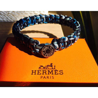 エルメス(Hermes)のHERMES エルメス メンズ シルクブレスレット 日本未発売(バングル/リストバンド)