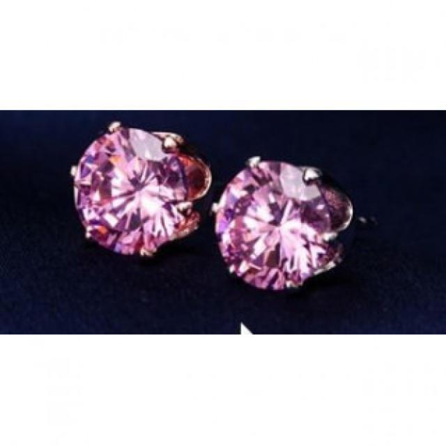 2個で1ペア 316Lステンレス ピアス CZダイヤモンドピアス ピンク レディースのアクセサリー(ピアス)の商品写真