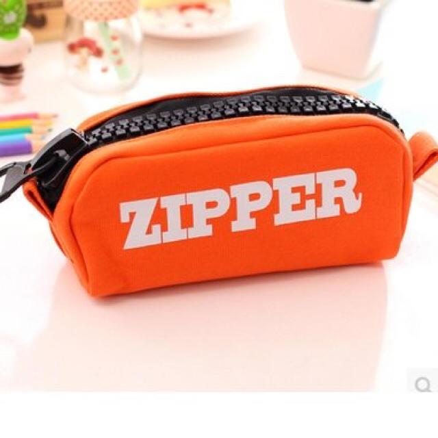 ペンケース 高校生 シンプル 中学生 ケース 筆箱 小物収納 ポーチ オレンジ レディースのファッション小物(ポーチ)の商品写真