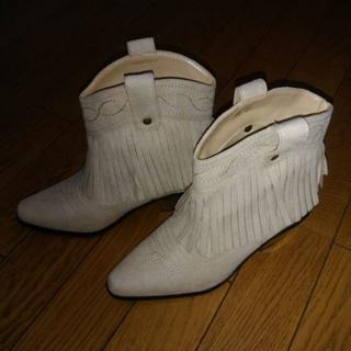 新品 スエード調ウエスタンブーツ SSサイズ(ブーツ)