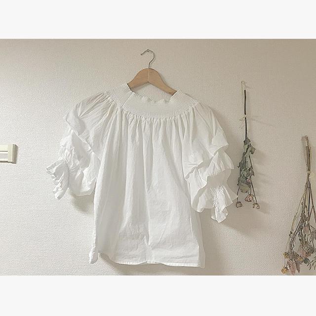 白ブラウス レディースのトップス(シャツ/ブラウス(半袖/袖なし))の商品写真