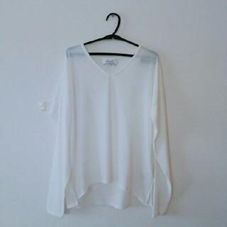 ムジルシリョウヒン(MUJI (無印良品))のVネック 長袖 ホワイト Tシャツ(Tシャツ(長袖/七分))