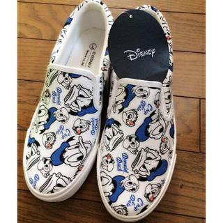 ディズニー(Disney)の9月限定【新品】チップ&デール ドナルド 靴(スリッポン/モカシン)