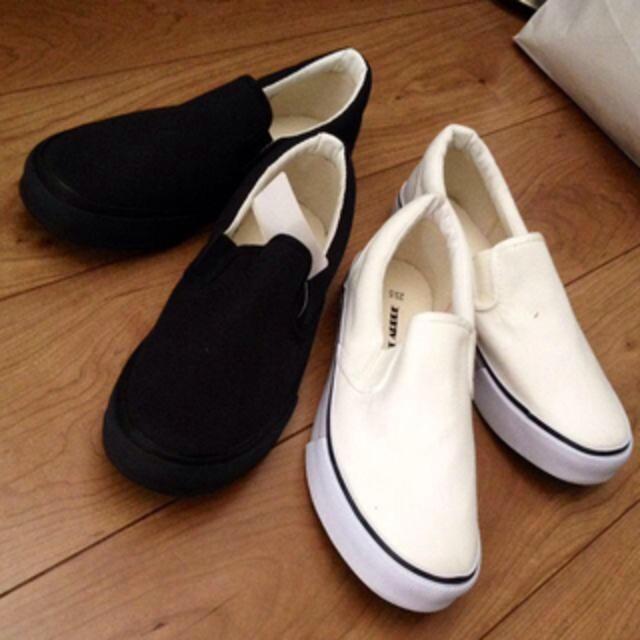 あすかてぃん様 白 25 30日まで レディースの靴/シューズ(スニーカー)の商品写真