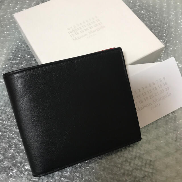 752ea3eae248 Maison Martin Margiela(マルタンマルジェラ)の新品未使用 マルジェラ 二つ折り財布 コントラスト