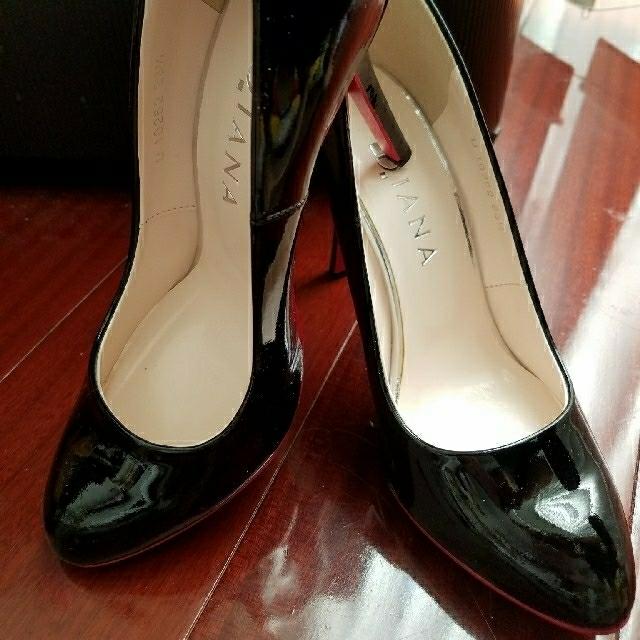 DIANA(ダイアナ)の【美品】DIANA★レッドソールパンプス レディースの靴/シューズ(ハイヒール/パンプス)の商品写真