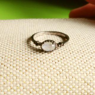 ムーンストーンの指輪(リング(指輪))