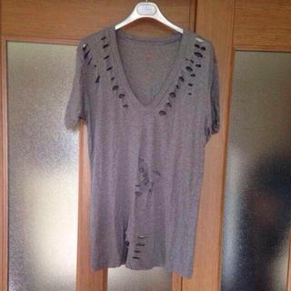 エルエヌエー(LnA)のセレブ御用達LNA ダメージ加工Tシャツ(Tシャツ(半袖/袖なし))