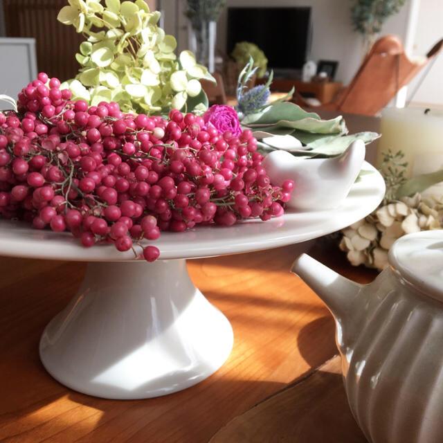 6番✳︎可愛いペッパーベリー60gセット・ピンク&ブラック✳︎送料無料 ハンドメイドの素材/材料(各種パーツ)の商品写真