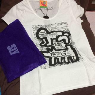 スライ(SLY)のSLY×キースへリングコラボTシャツ新品(Tシャツ(半袖/袖なし))