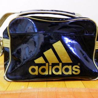 アディダス(adidas)のadidasスポーツバック・ゴールド(その他)