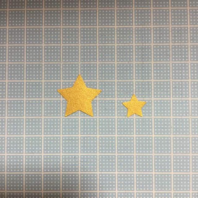 スター☆2種 200枚 ミックス ハンドメイドの素材/材料(各種パーツ)の商品写真