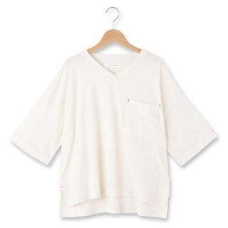 ジエンポリアム(THE EMPORIUM)の☆新品☆ THE EMPORIUM 刺しゅうVネックゆるカットソー(Tシャツ(半袖/袖なし))