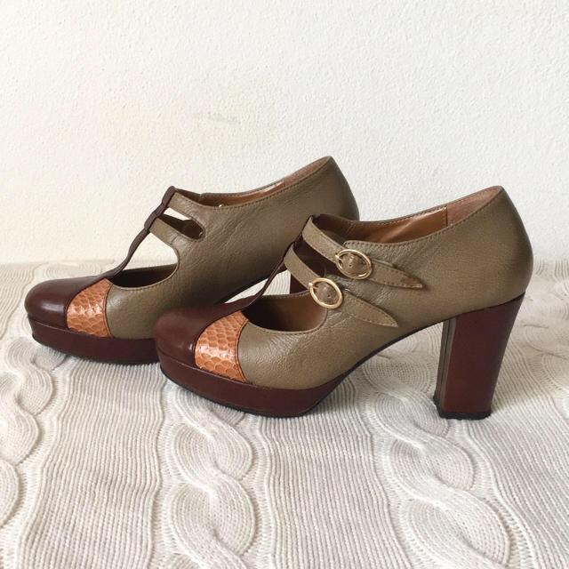 あしながおじさん(アシナガオジサン)の美品 あしながおじさん パンプス 24cm レディースの靴/シューズ(ハイヒール/パンプス)の商品写真