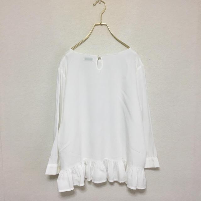 美品 earth 裾 フリル プルオーバー トップス 七分袖 ホワイト レディースのトップス(カットソー(長袖/七分))の商品写真