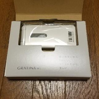 キョウセラ(京セラ)の【新品】KYF31 au 白 ホワイト グラティーナ 4G ガラホ(携帯電話本体)