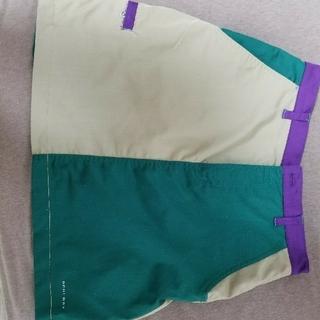 コロンビア(Columbia)のColombiaスカート(ひざ丈スカート)