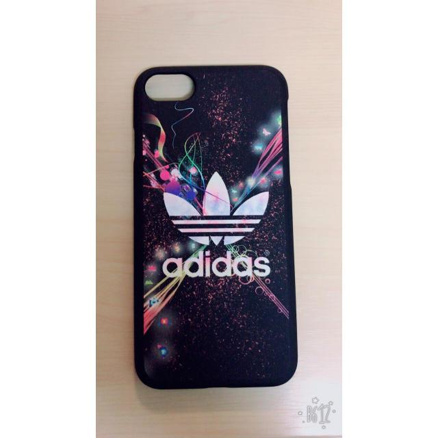 adidas(アディダス)のiPhoneケース スマホ/家電/カメラのスマホアクセサリー(iPhoneケース)の商品写真