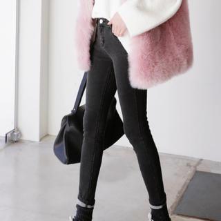 ディーホリック(dholic)の秋冬🍁韓国ファッション スキニーデニム(スキニーパンツ)