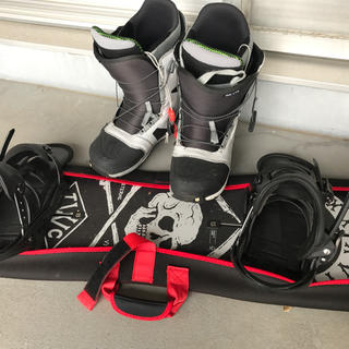 バートン(BURTON)のスノーボードセット 定価12万越え(ボード)