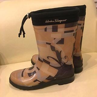 サルヴァトーレフェラガモ(Salvatore Ferragamo)の美品 サルヴァトーレフェラガモ レインブーツ 長靴 レインシューズ(レインブーツ/長靴)