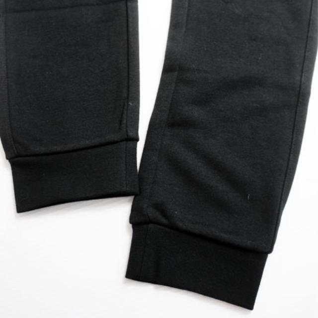 NIKE(ナイキ)のS.メンズNIKE.黒.ジョガーパンツ.スリムタイプ メンズのトップス(スウェット)の商品写真