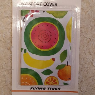 フライングタイガーコペンハーゲン(Flying Tiger Copenhagen)のflyingtiger パスポートカバー(旅行用品)