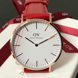 ダニエルウェリントン(Daniel Wellington)のアメリカ限定アイテムレッドカラー✨ダニエルウェリントン 赤ベルト(腕時計(アナログ))