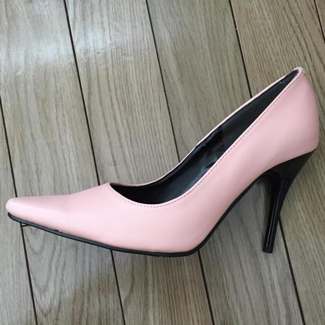 パンプス ヒール ピンク 新品同様 レディースの靴/シューズ(ハイヒール/パンプス)の商品写真