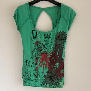 コルチ(Colcci)の背中開き 半袖Tシャツ(Tシャツ(半袖/袖なし))
