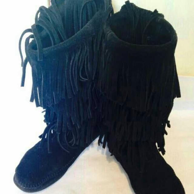 値下げ☆ミネトンガ風☆黒スウェードブーツ☆24㎝フリンジ レディースの靴/シューズ(ブーツ)の商品写真