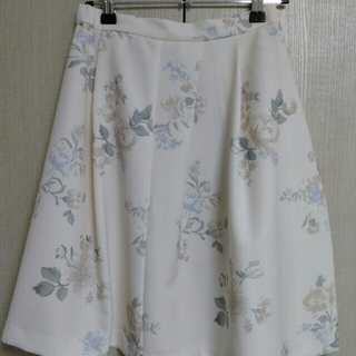 マーキュリーデュオ(MERCURYDUO)のマーキュリーの爽やか花柄スカート(ミニスカート)