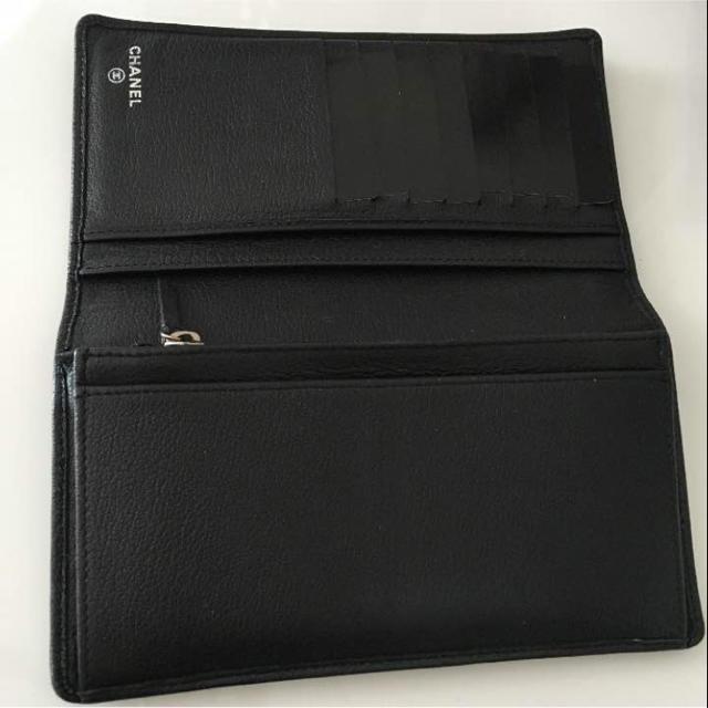 CHANEL(シャネル)のシャネル 財布 黒 箱 ギャランティカード 全てあります レディースのファッション小物(財布)の商品写真