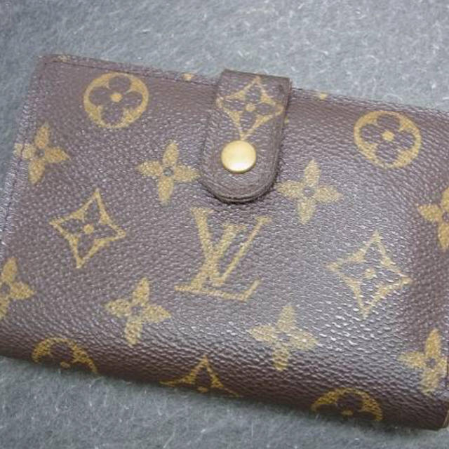 LOUIS VUITTON(ルイヴィトン)のルイヴィトン モノグラム がま口 二つ折り財布 ガマ口 レディースのファッション小物(財布)の商品写真