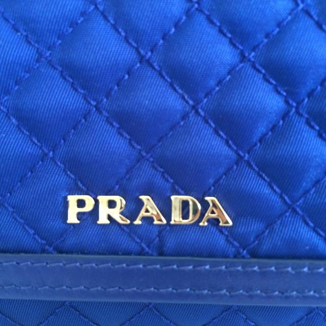 PRADA(プラダ)のPRADAパスケース付ナイロンフラップ長財布 レディースのファッション小物(財布)の商品写真