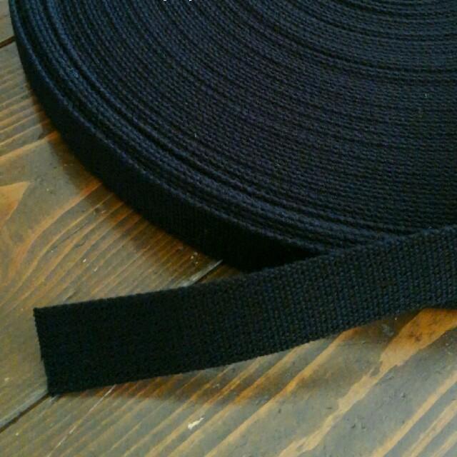 アクリルテープ 黒 ブラック ハンドメイドの素材/材料(各種パーツ)の商品写真