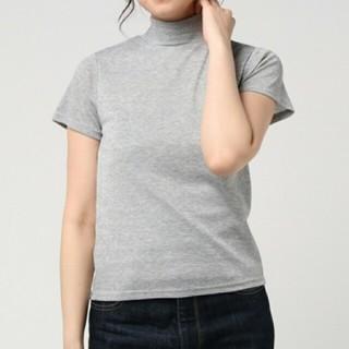 プニュズ(PUNYUS)の【PUNYUS】ハイネックラメT(Tシャツ(半袖/袖なし))