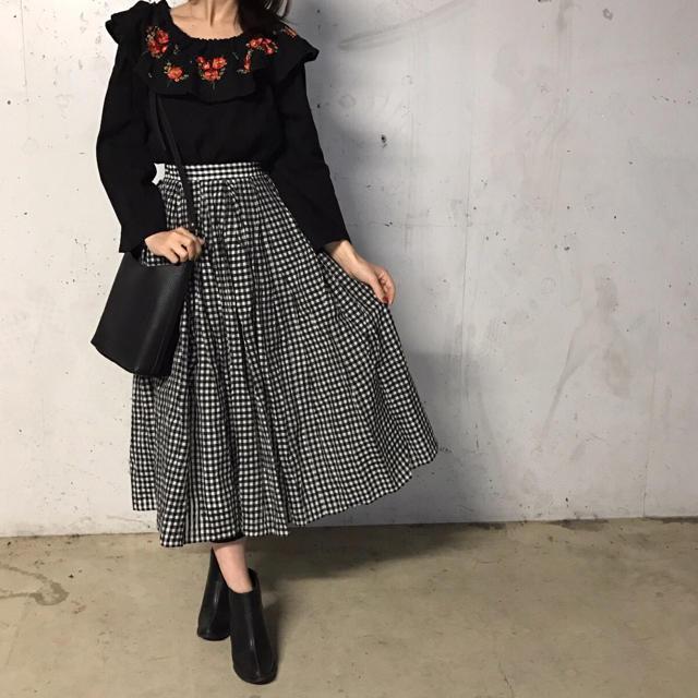 新品!送料無料!フラワー刺繍 2way ブラウス✳︎花 ブラック 黒 レディース レディースのトップス(シャツ/ブラウス(長袖/七分))の商品写真