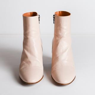 ドリスヴァンノッテン(DRIES VAN NOTEN)の9/30まで!drisvannotten 繊細で淡いピンクのブーツ(ブーツ)